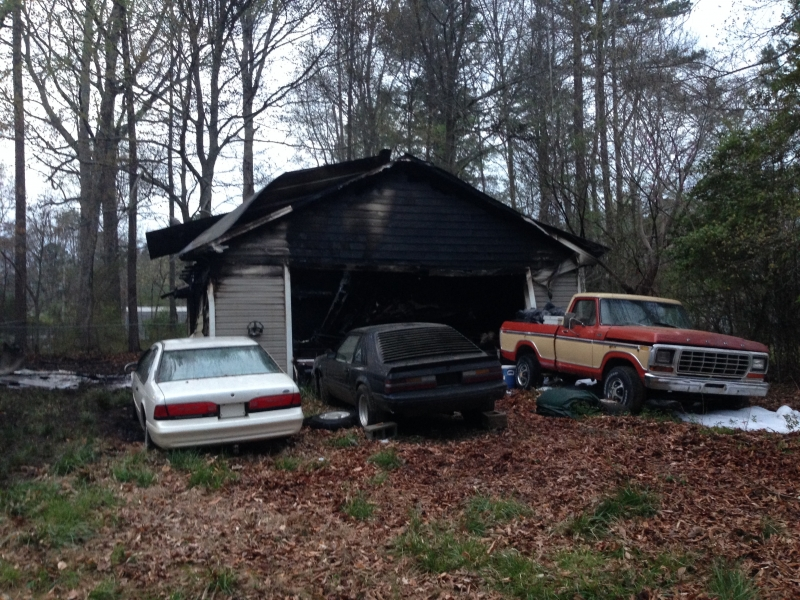 TAN204KER ASSISTS LUCIA RIVERBEND WITH STRUCTURE FIRE (GASTON CO)